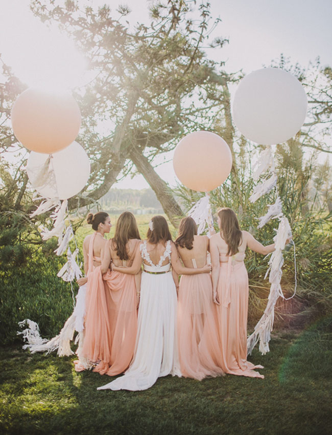 pink balloon bridesmaids