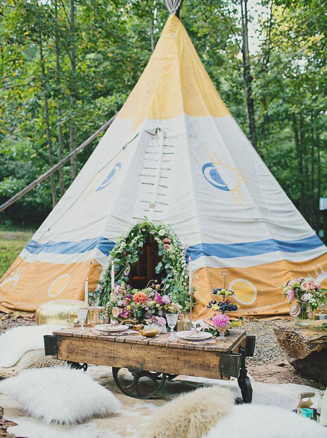 tipi wedding inspitation