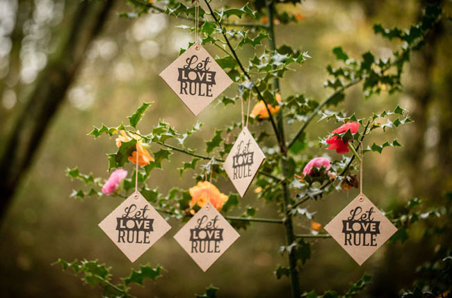 let love rule wooden tags