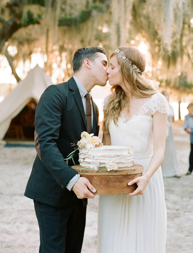 cake and kiss