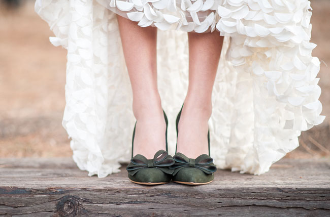 green bow bridal shoes