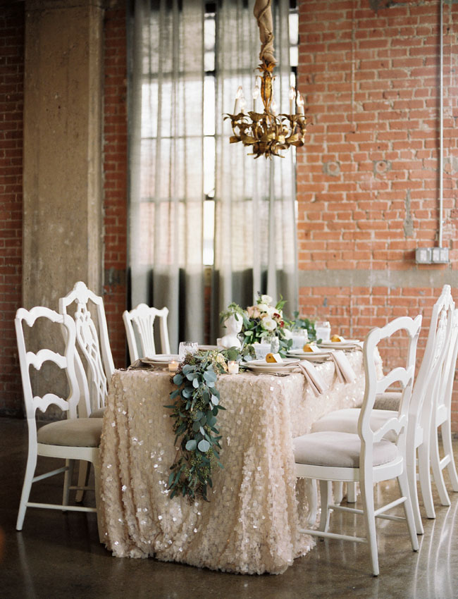 gold sequin tablescape