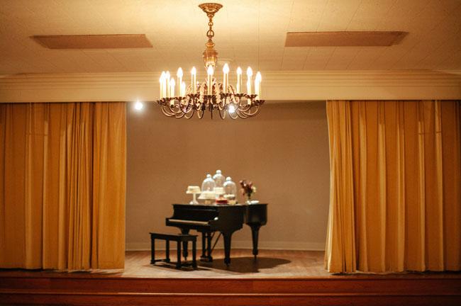desserts on piano