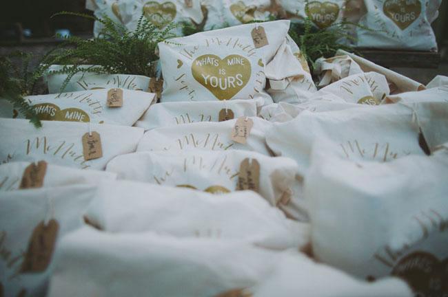 heart favor bags