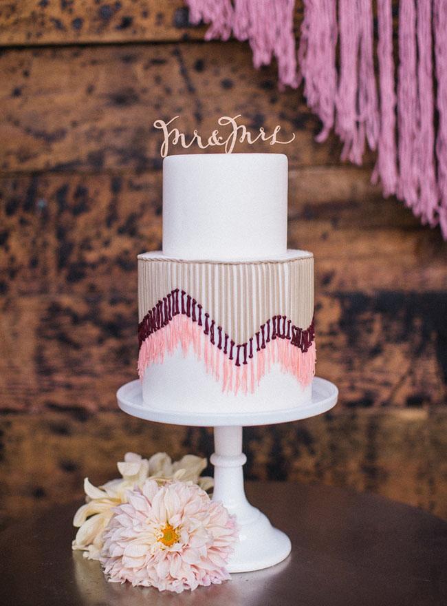 bolo decorado com artesanato