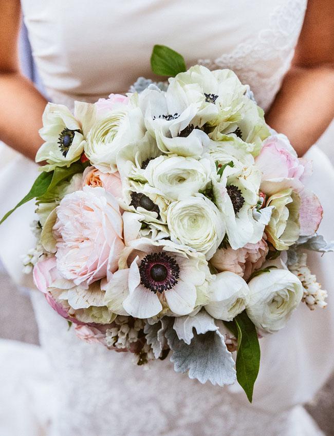 anemone bouquet 11