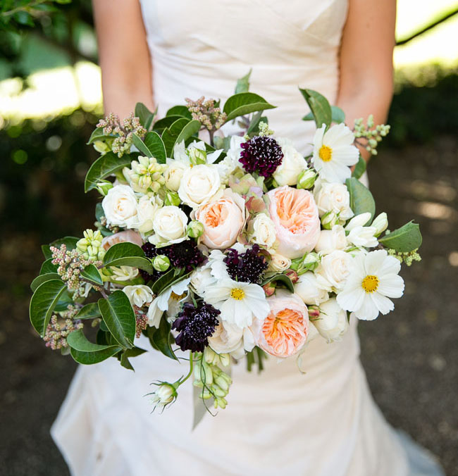 peach and black bouquet