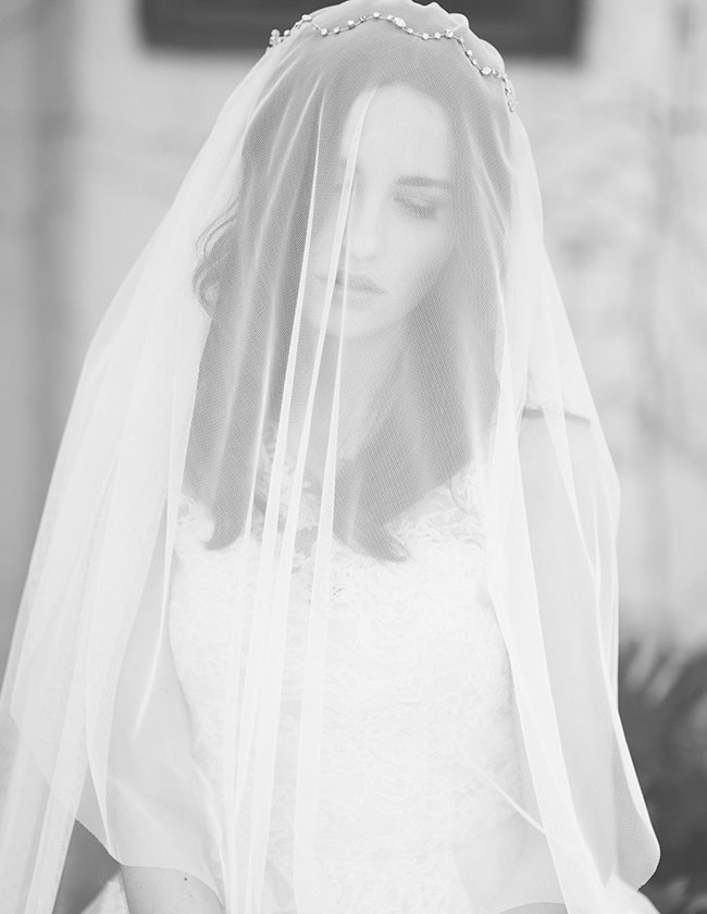 crowned veil