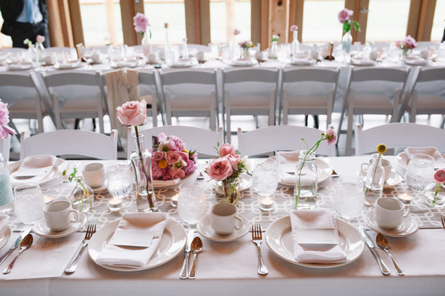 pink rose tablescape