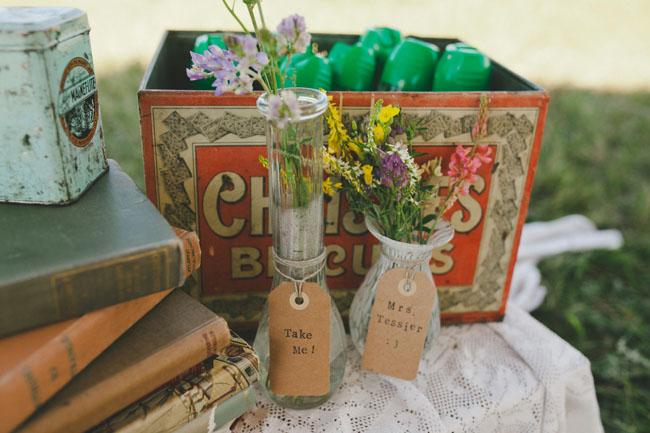 bud vase favors