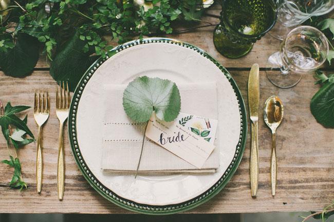 leaf plate setting