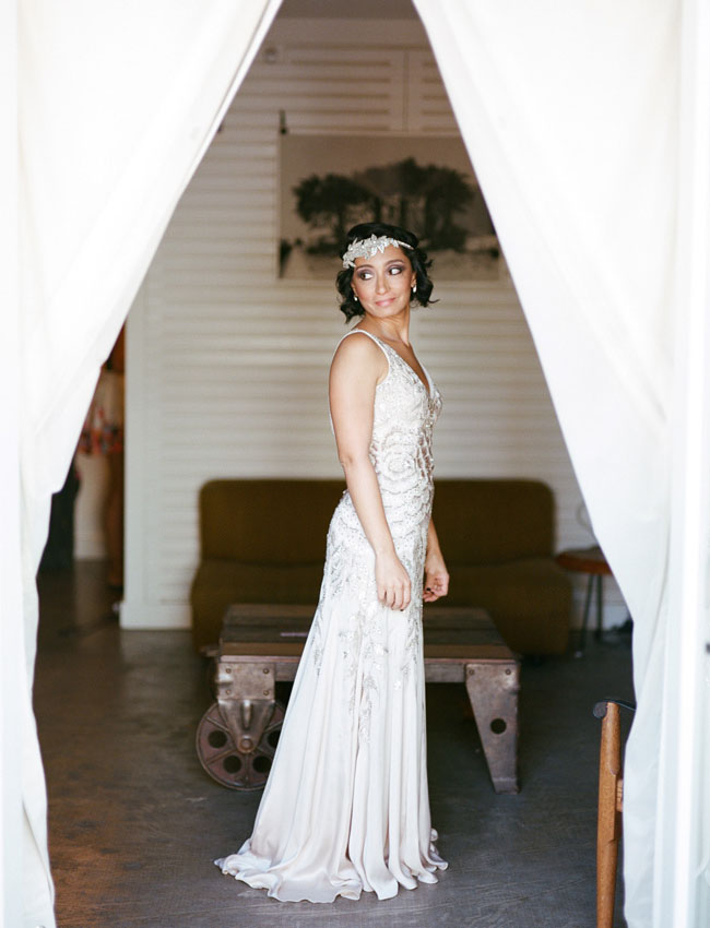 20s inspired bride