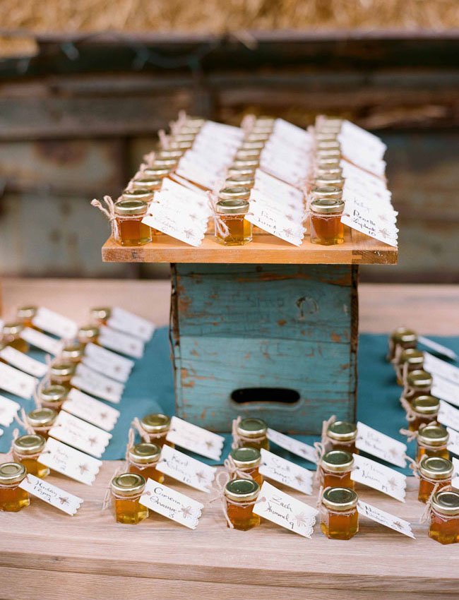 honey favor escort cards