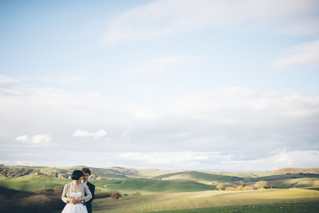 tuscany bride and groom
