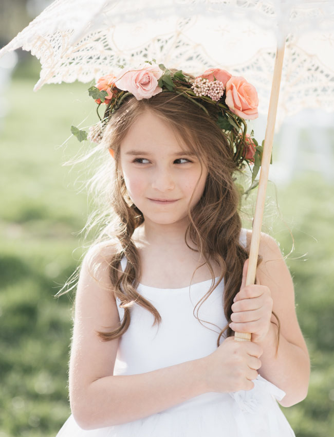 flower crown girl parasol