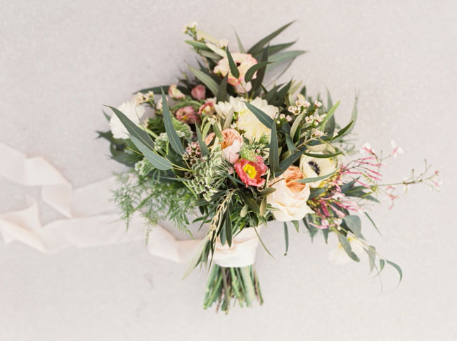 bouquet with ribbon nash