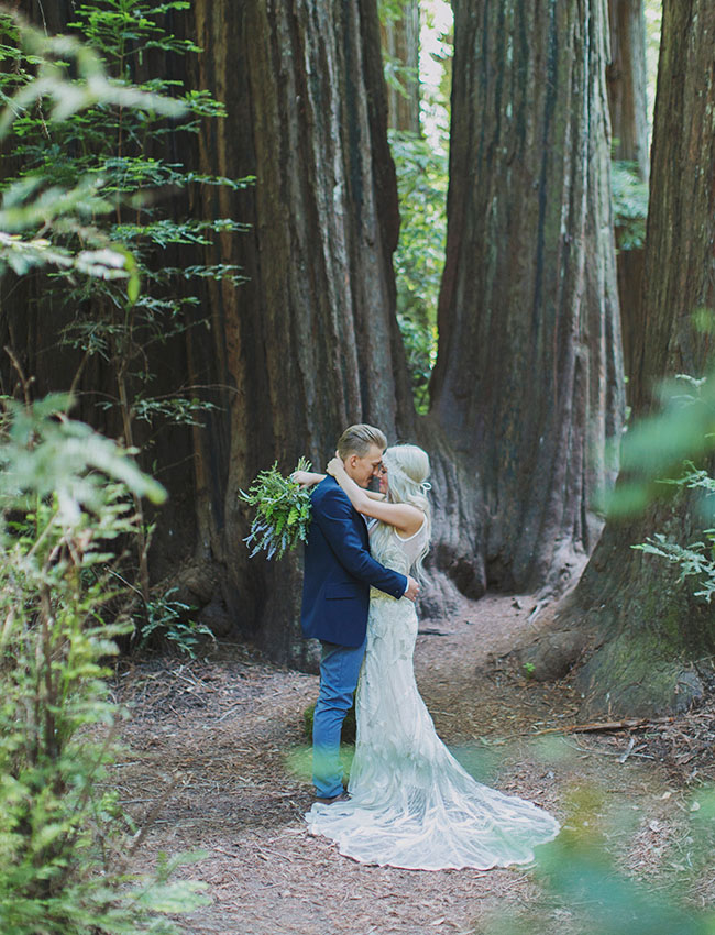 first look in the redwoods redwoods wedding