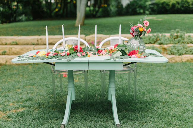 mint tablescape
