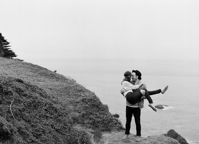 San Francisco foggy engagement
