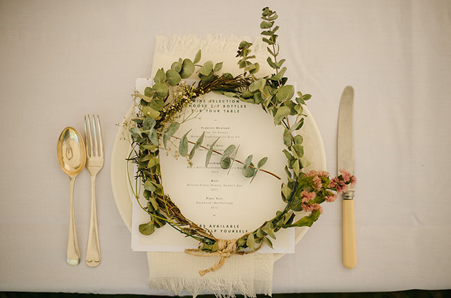 flower crown plate setting
