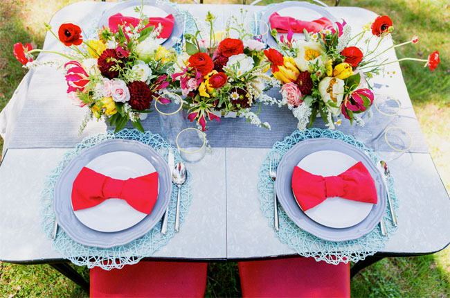 red bow napkins