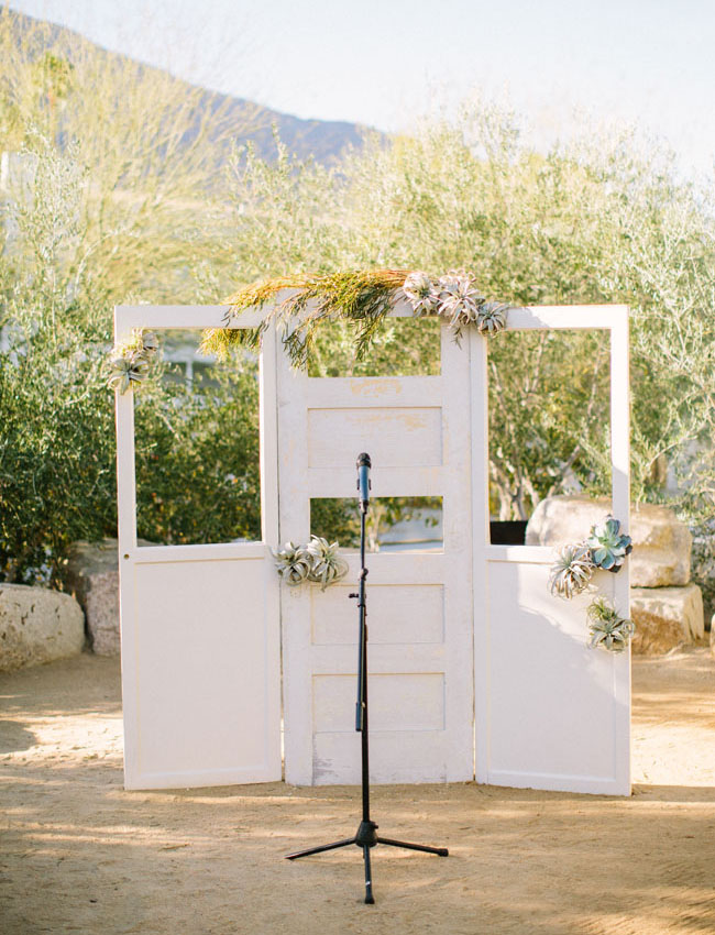 vintage door airplant ceremony backdrop