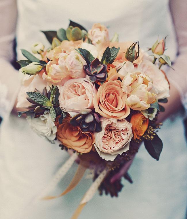 orange bouquet of roses