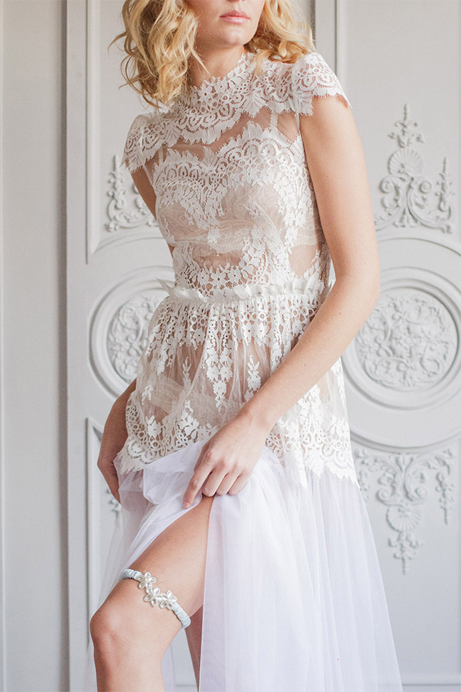 pretty garter and lace wedding dress