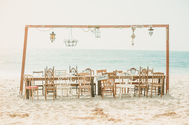 shipwrecked tablescape