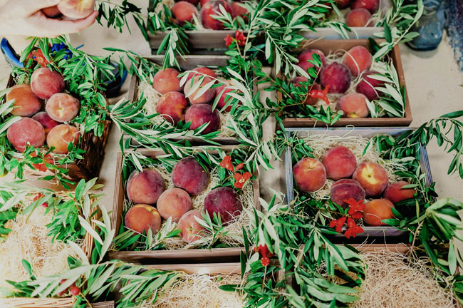 farm to table peaches