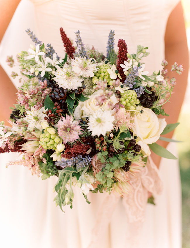 Outlander berry inspired bouquet
