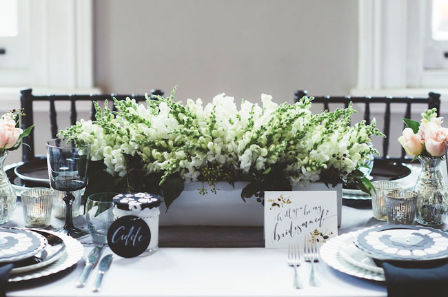 green tablescape florals