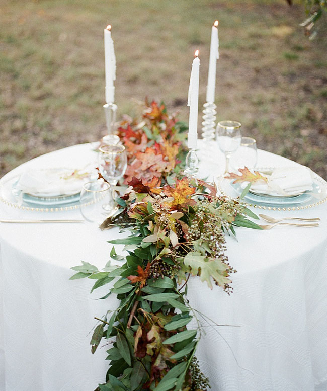leaf garland table runner