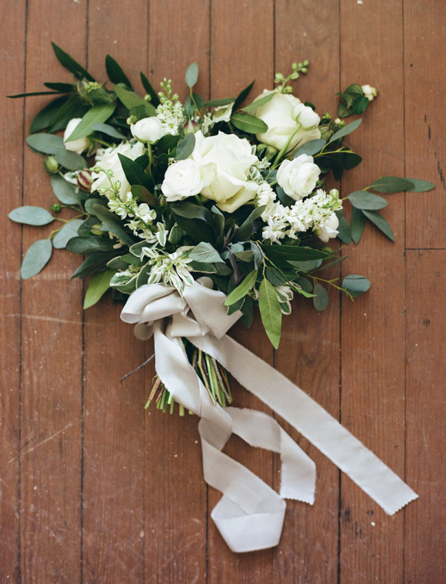 white and green romantic bouquet