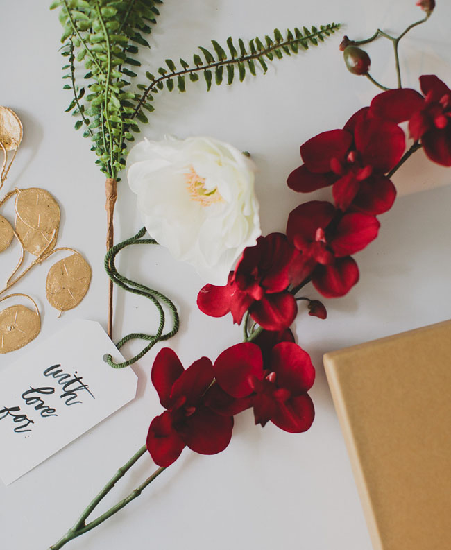DIY gift wrap with Afloral