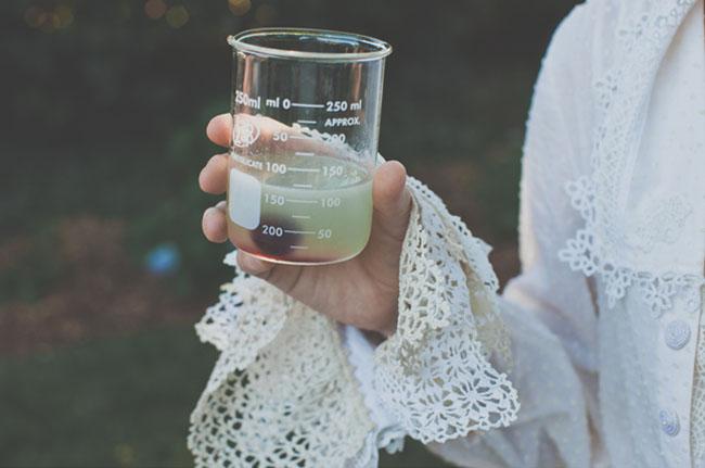 cocktail in beaker