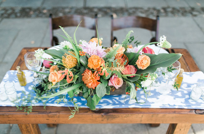 tropical reception florals
