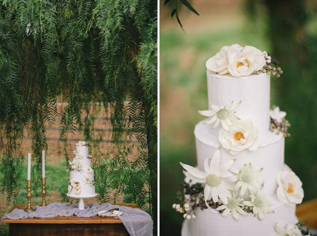 winter flower wedding cake