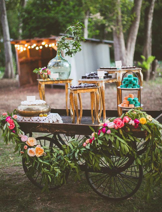 cart dessert table