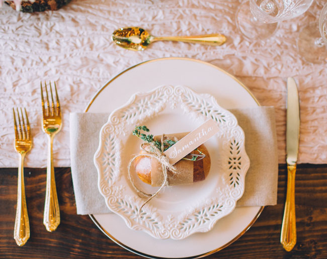 bread plate setting