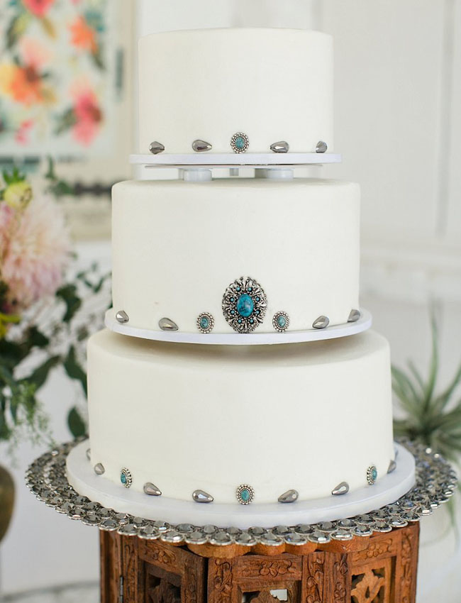 rustic western cake