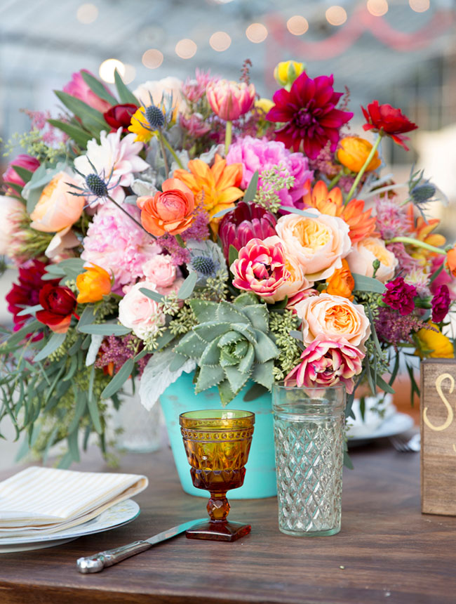 Stagecoach inspired tablescape