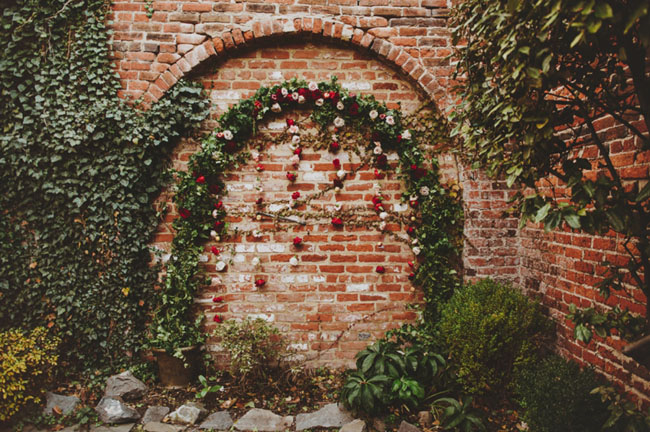 flower vine wall