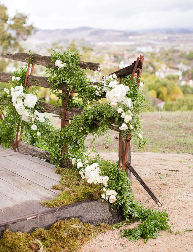 vine covered wagon
