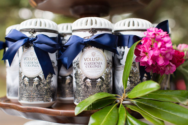 favors in jars