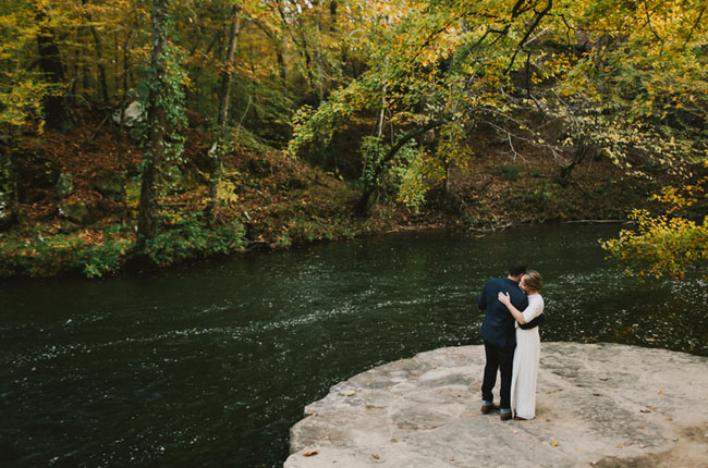 Alabama river wedding