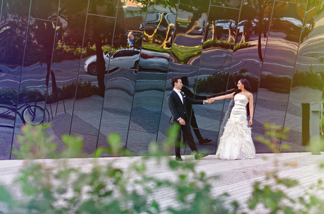 Colorful Art Museum Wedding: Shawn + Phil | Green Wedding Shoes ...