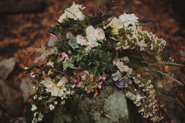 loose backyard bouquet