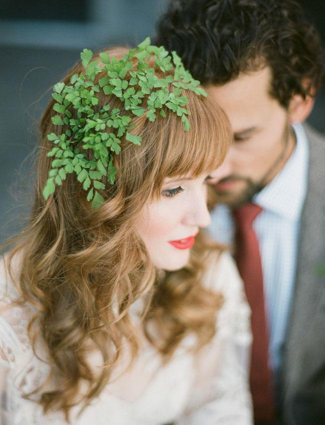 green leaf hair piece