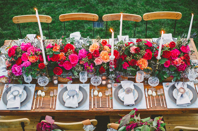 romantic red tablescape